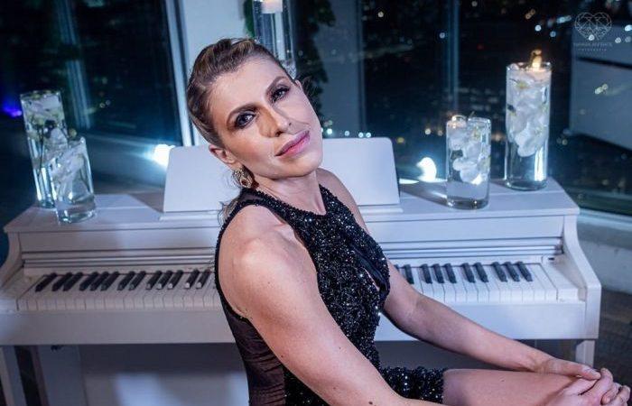 Juliana D'Agostini celebrates her birthday in style