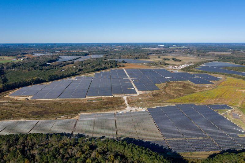 BayWa r.e. celebrates Fern Solar project in North Carolina
